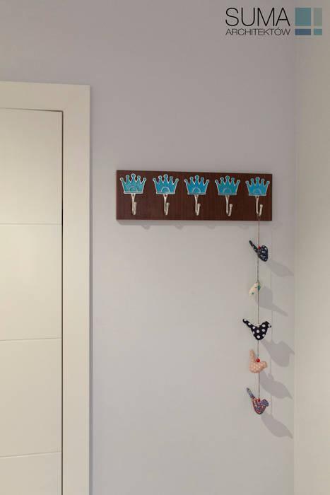 BLUE ONE: styl , w kategorii Korytarz, przedpokój zaprojektowany przez SUMA Architektów