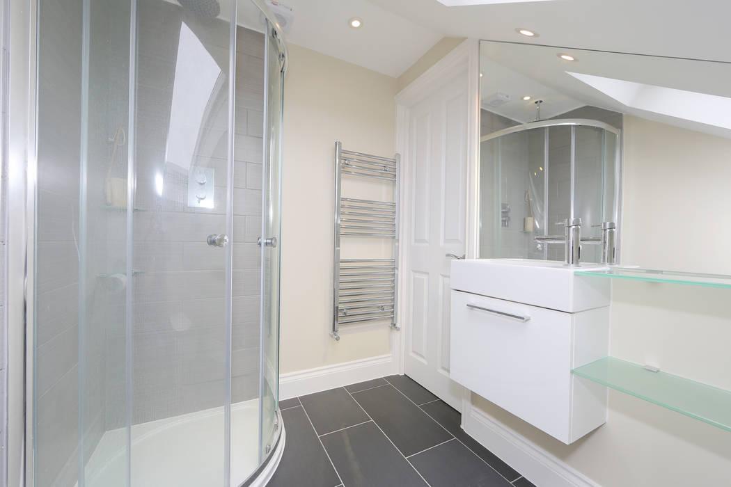 mansard loft conversion fulham Modern bathroom by homify Modern