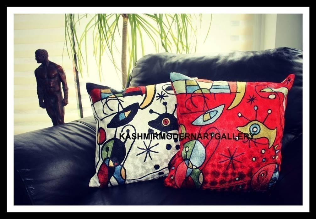 Miro silk throw pillows Modern living room by kashmir modernart gallery Modern