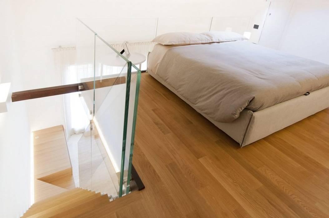 Particolare soppalco – camera matrimoniale: camera da letto ...