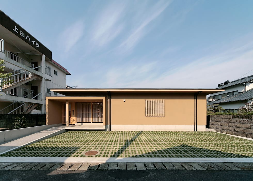 Eclectic style houses by 長谷雄聖建築設計事務所 Eclectic