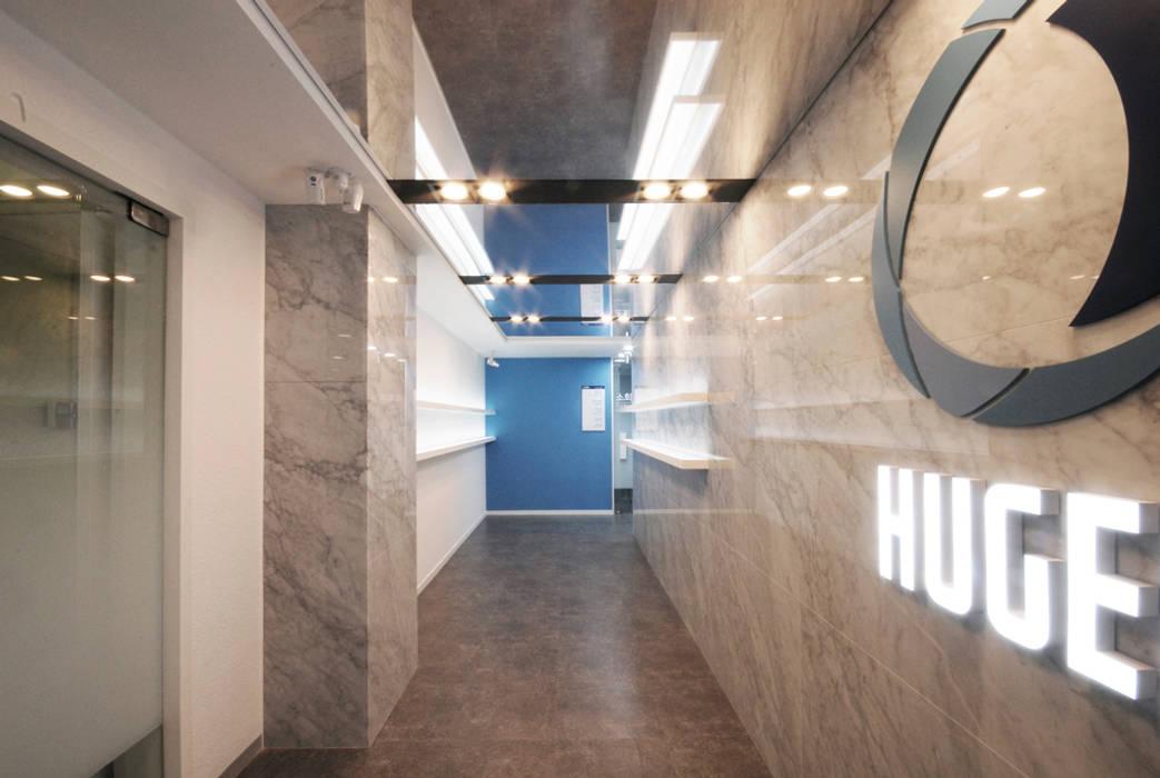 Edificios de oficinas de estilo  por By Seog Be Seog | 바이석비석, Moderno