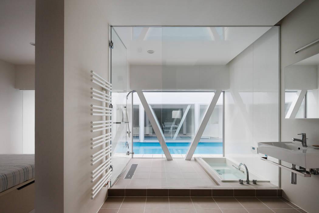 l a n i *studio LOOP 建築設計事務所 現代浴室設計點子、靈感&圖片