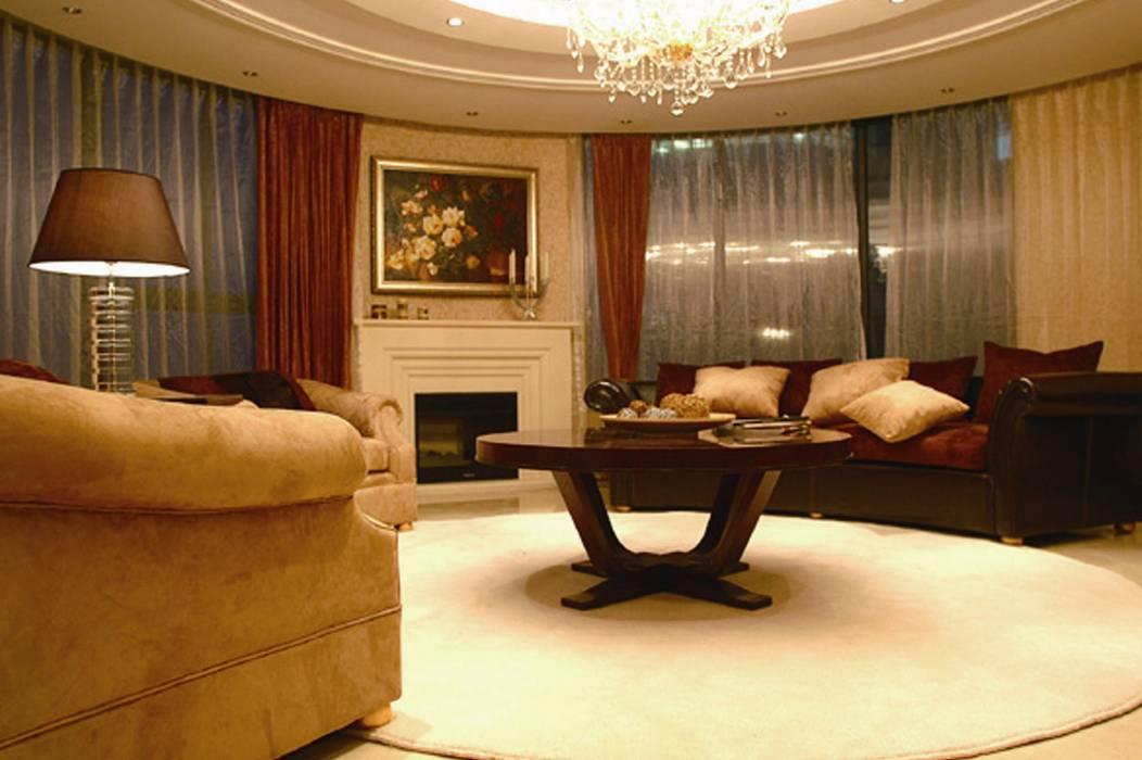 Salas de estar ecléticas por White & Black Design Studio Eclético