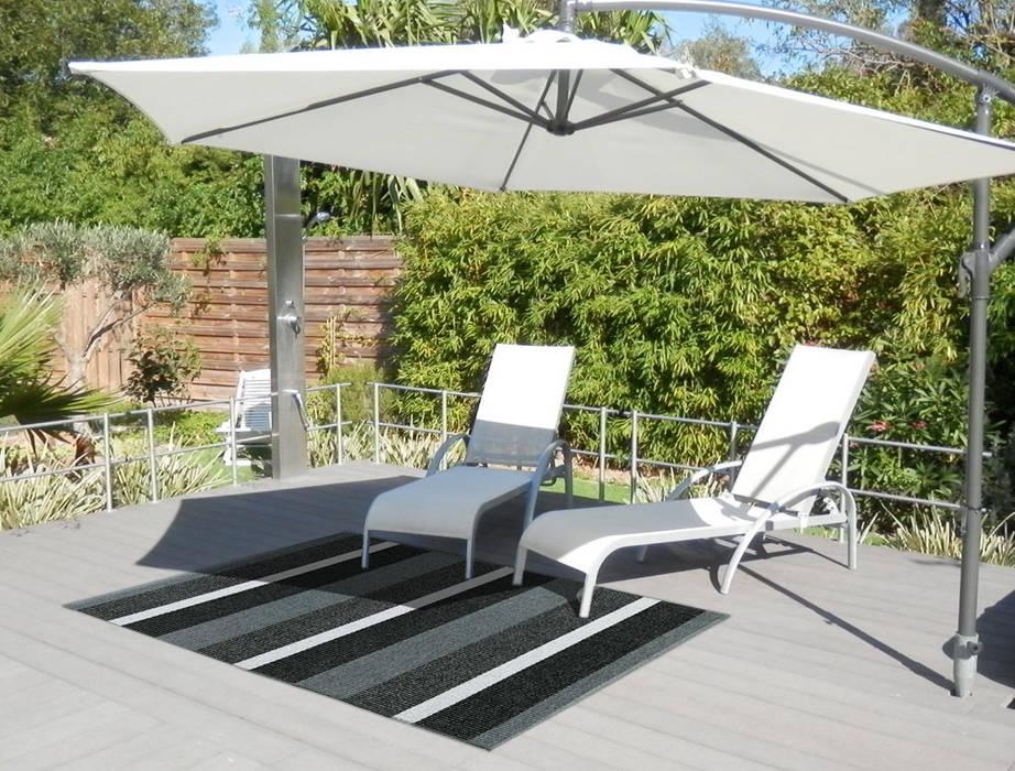 tapis d 39 ext rieur block noir rayures balcon veranda terrasse de style par itao homify. Black Bedroom Furniture Sets. Home Design Ideas