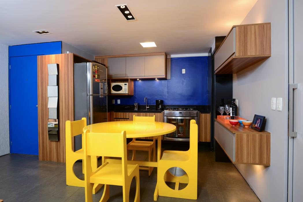 Cozinha Integrada : Cozinhas  por Alexandre Magno Arquiteto