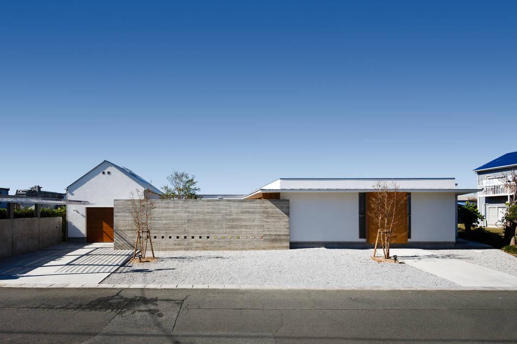 外観 モダンな 家 の 窪江建築設計事務所 モダン