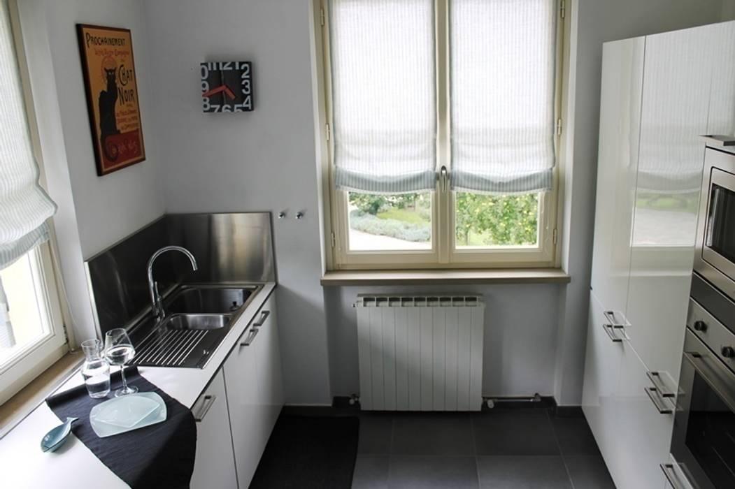 Moderne keukens van VALENTINA BONANDIN STUDIO TECNICO Modern