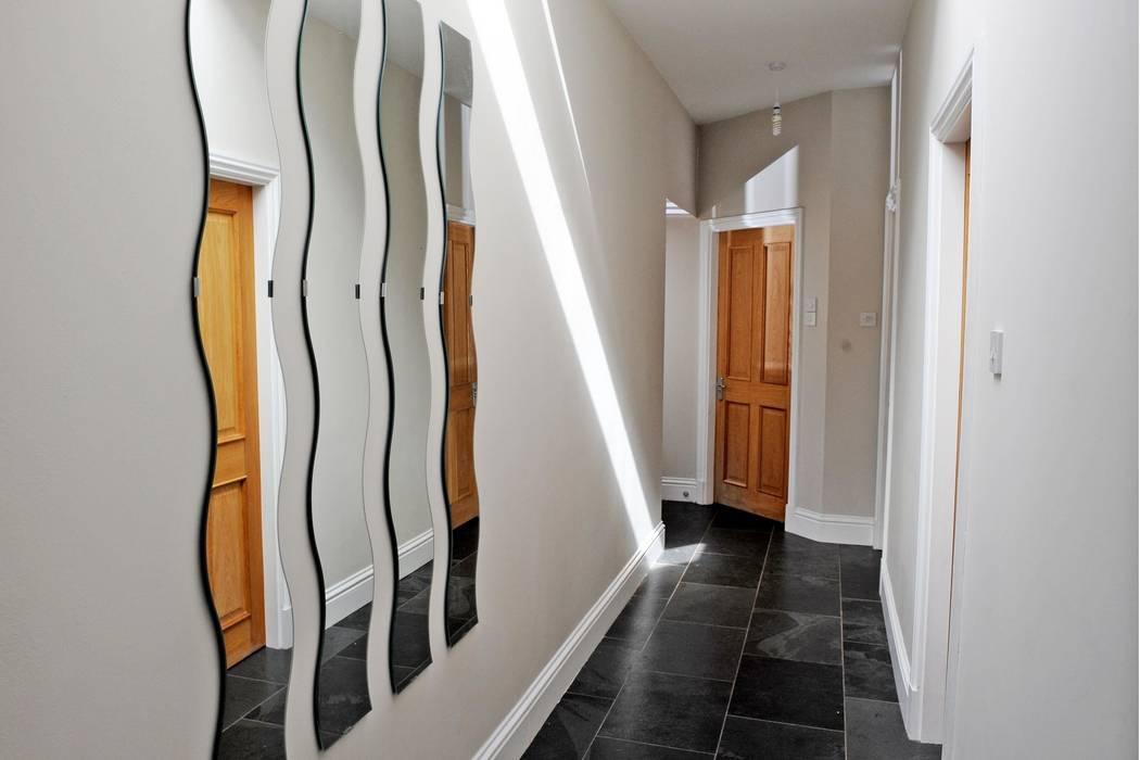 Old School House, Glen Dye, Banchory, Aberdeenshire Minimalist corridor, hallway & stairs by Roundhouse Architecture Ltd Minimalist