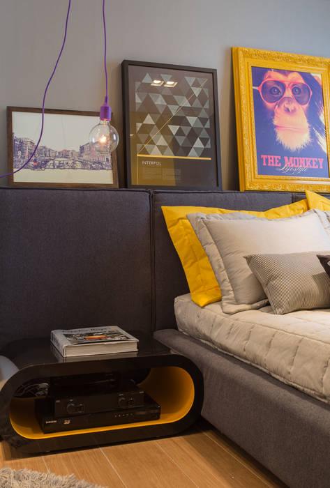 Detalhes do quarto despojado: Quartos  por Barbara Dundes | ARQ + DESIGN,Moderno