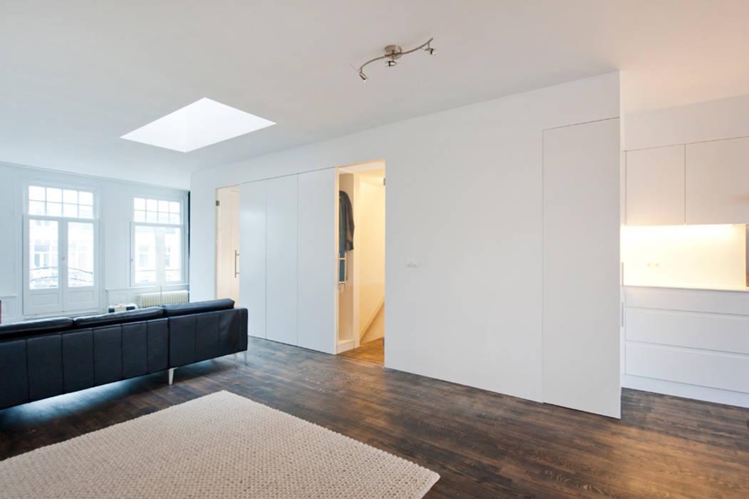 Woonkamer Met Vide : Interieur dubbele bovenwoning met vide woonkamer door het