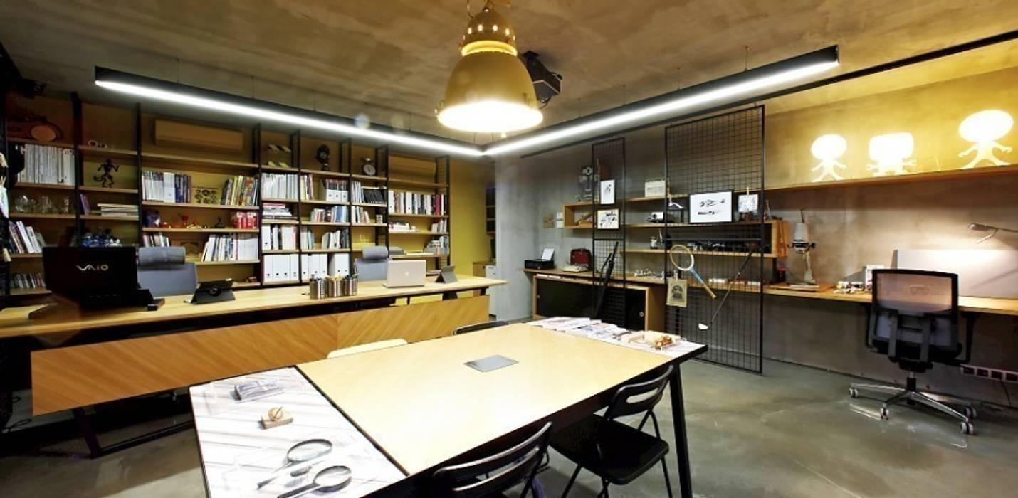 Industriale Geschäftsräume & Stores von Hiyeldaim İç Mimarlık & Tasarım Industrial