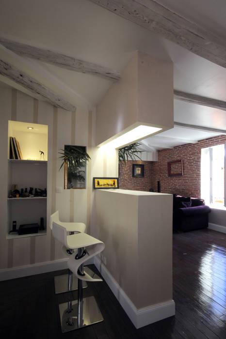 coin comptoir/bureu: Bureau de style  par Atelier S