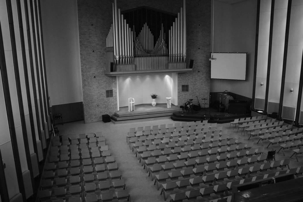 Kerkzaal Moderne congrescentra van Tim van de Weerd Modern