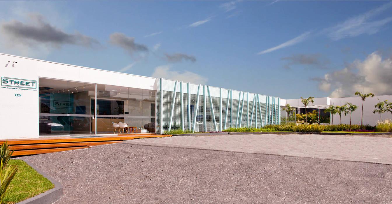 Stand Vendas Street Espaços comerciais modernos por studio scatena arquitetura Moderno