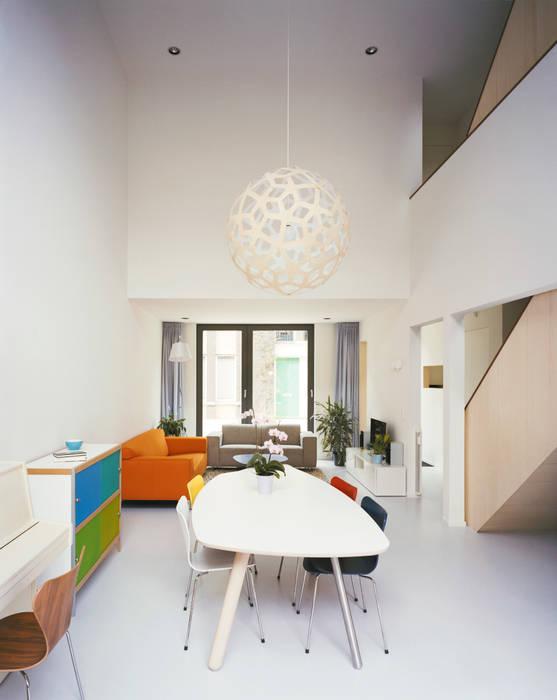 Living room Finbarr McComb Architect Salas de estilo moderno