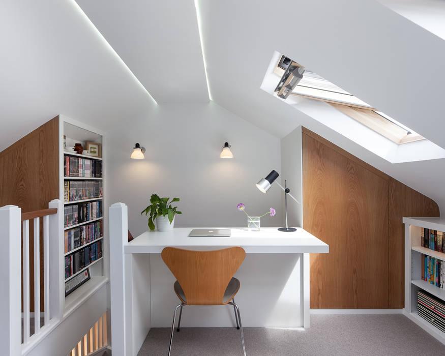 Blackheath House APE Architecture & Design Ltd. Kamar Tidur Modern