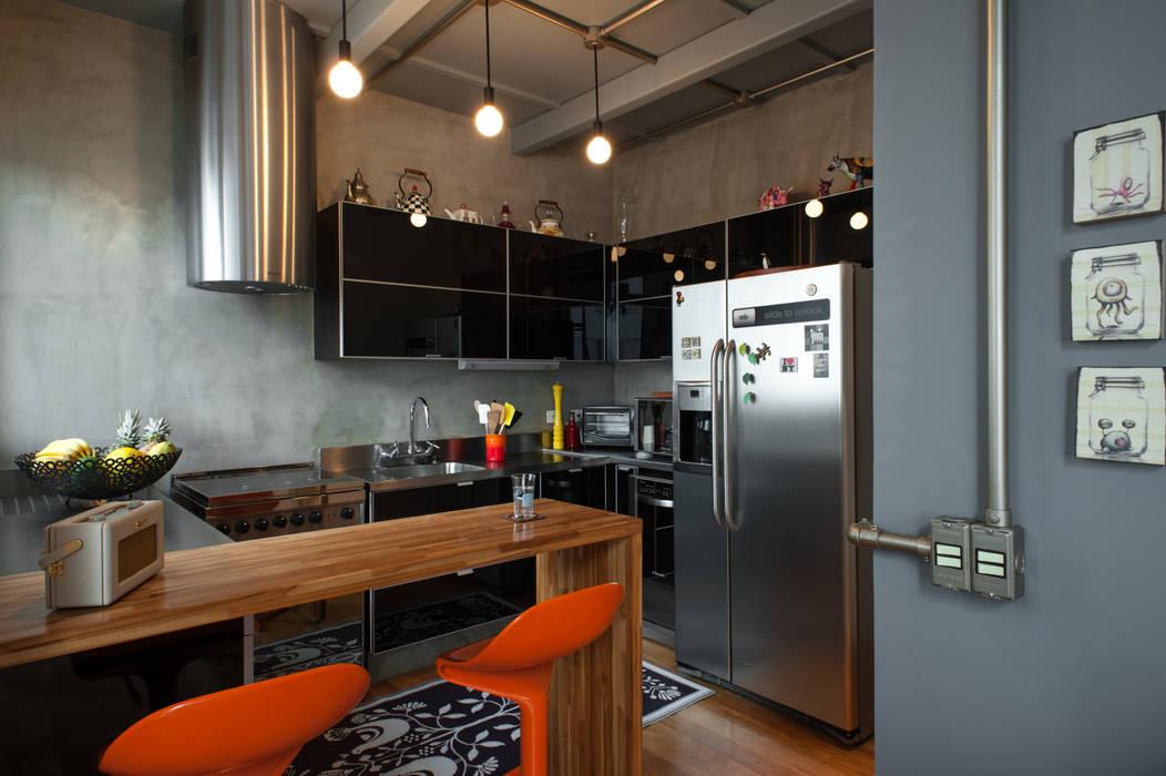 Industriale Küchen von PM Arquitetura Industrial