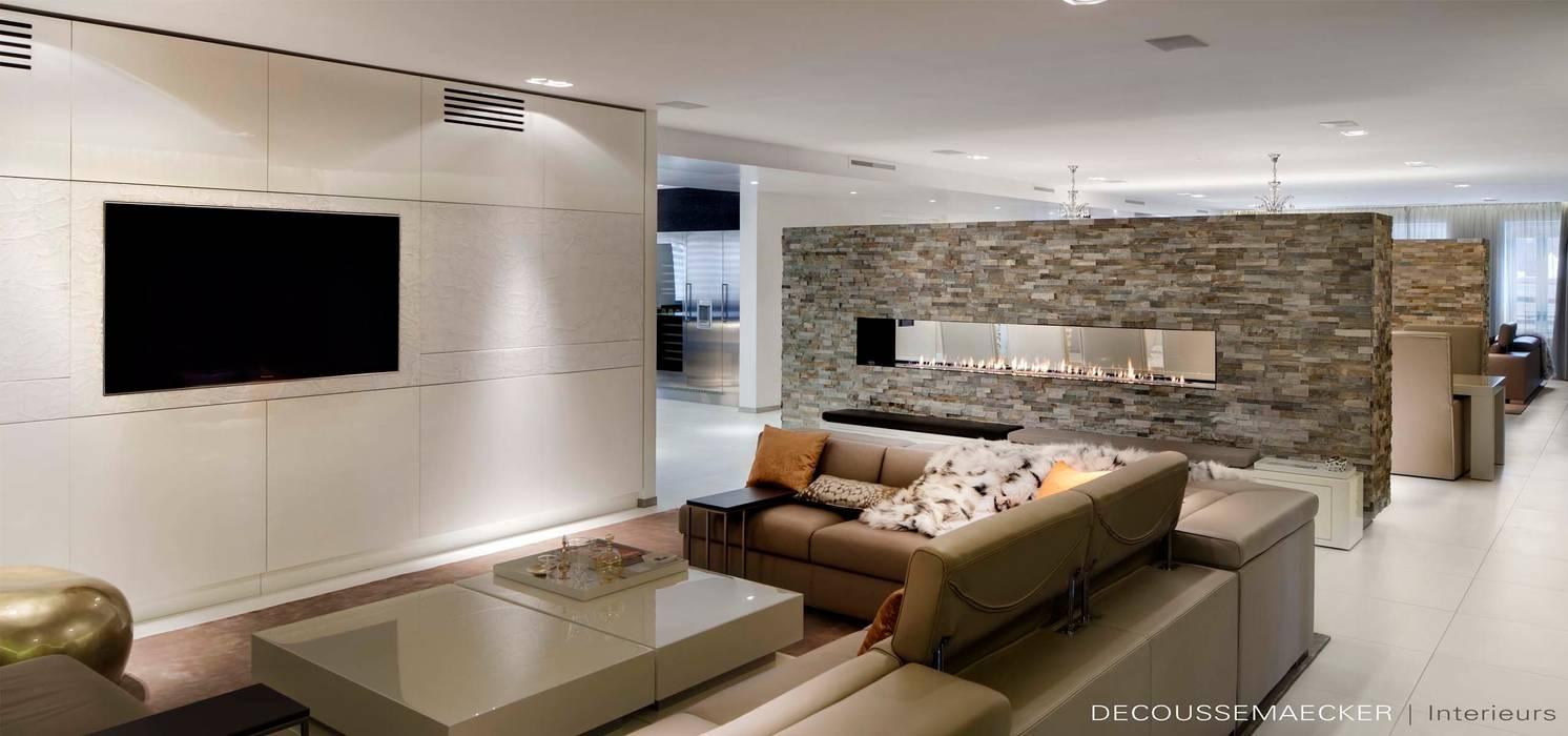 Salas de estilo moderno de Decoussemaecker Interieurs Moderno