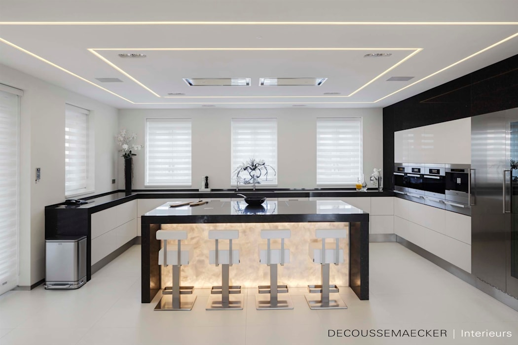 Kitchen by Decoussemaecker Interieurs, Minimalist