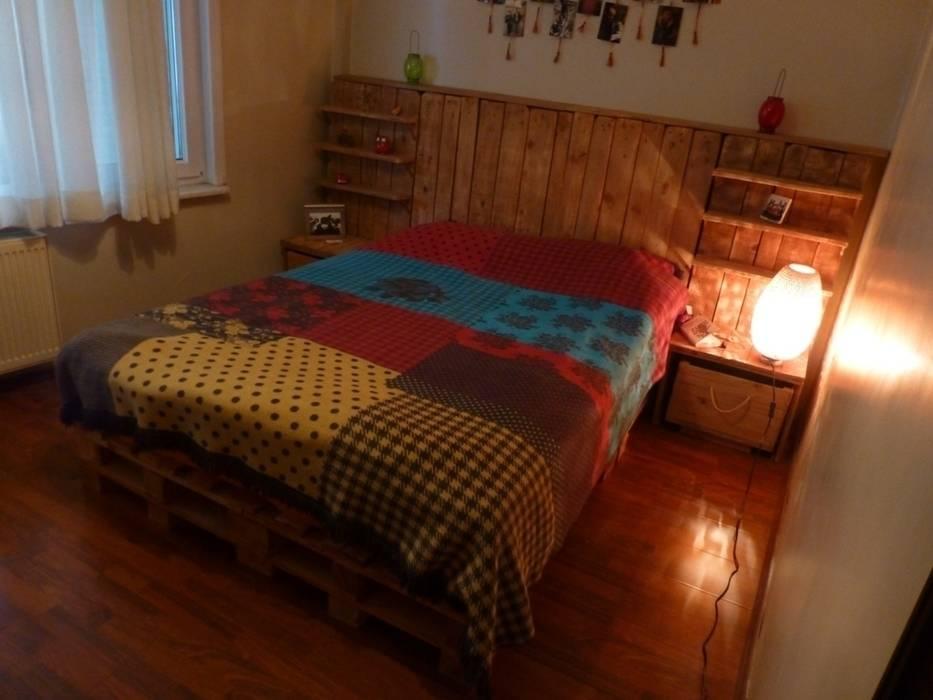 Atölye Butka BedroomBeds & headboards