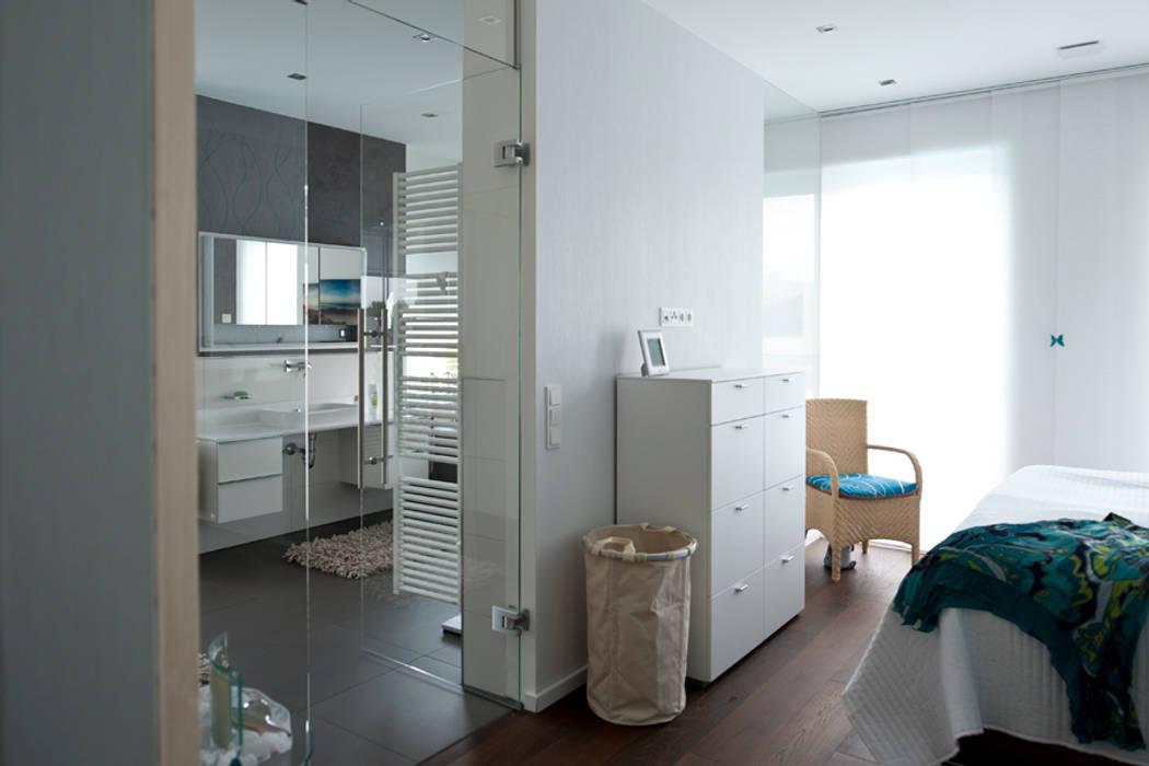 Bathroom by Architekturbüro J. + J. Viethen,