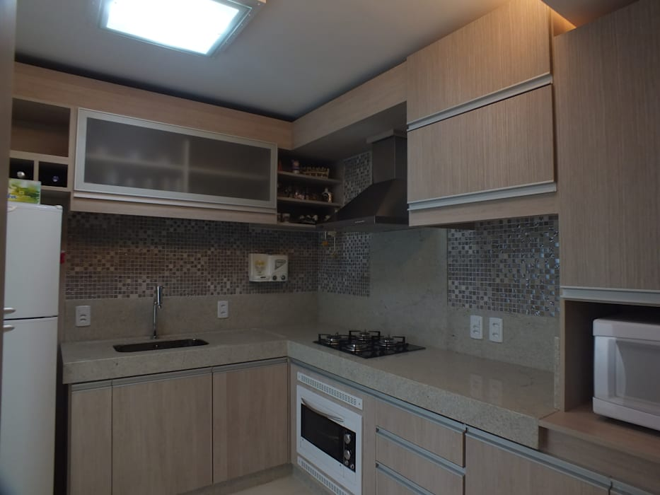 Cozinha: Cozinhas  por Arketing Identidade e Ambiente