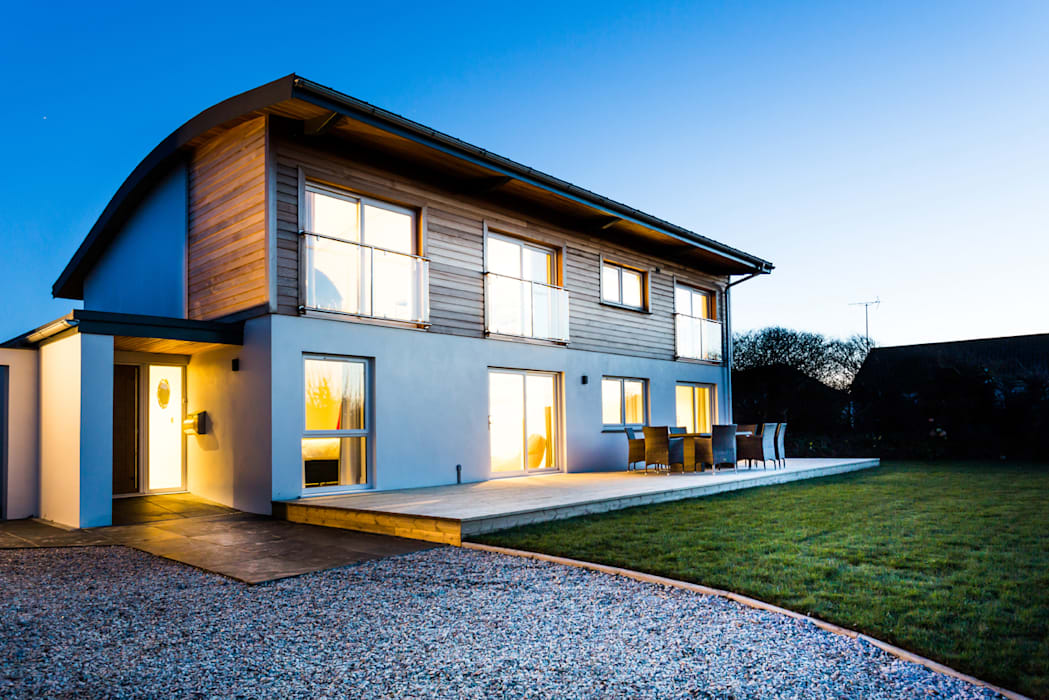 Sundown, Widemouth Bay, Cornwall The Bazeley Partnership Modern houses