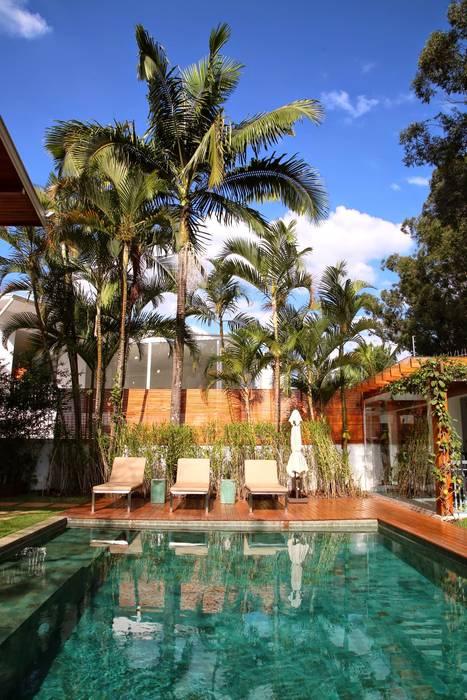 Residência Jardim Marajoara Piscinas modernas por MeyerCortez arquitetura & design Moderno