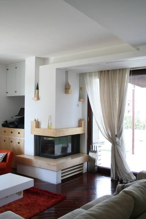 PARIS PASCUCCI ARCHITETTI Moderne Wohnzimmer