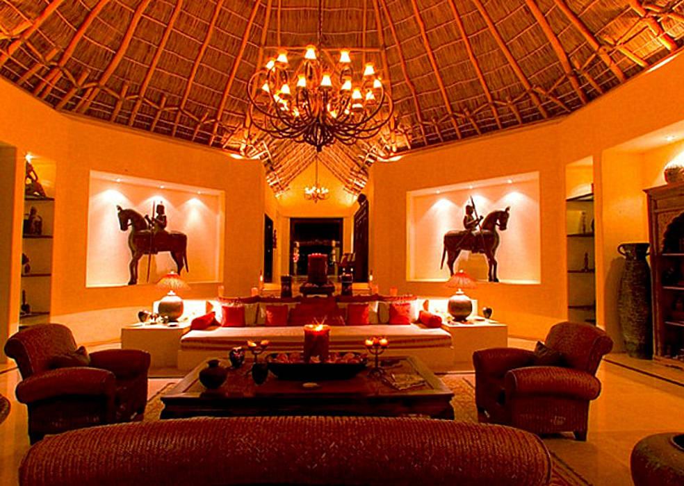 Rancho 3 Salones tropicales de BR ARQUITECTOS Tropical