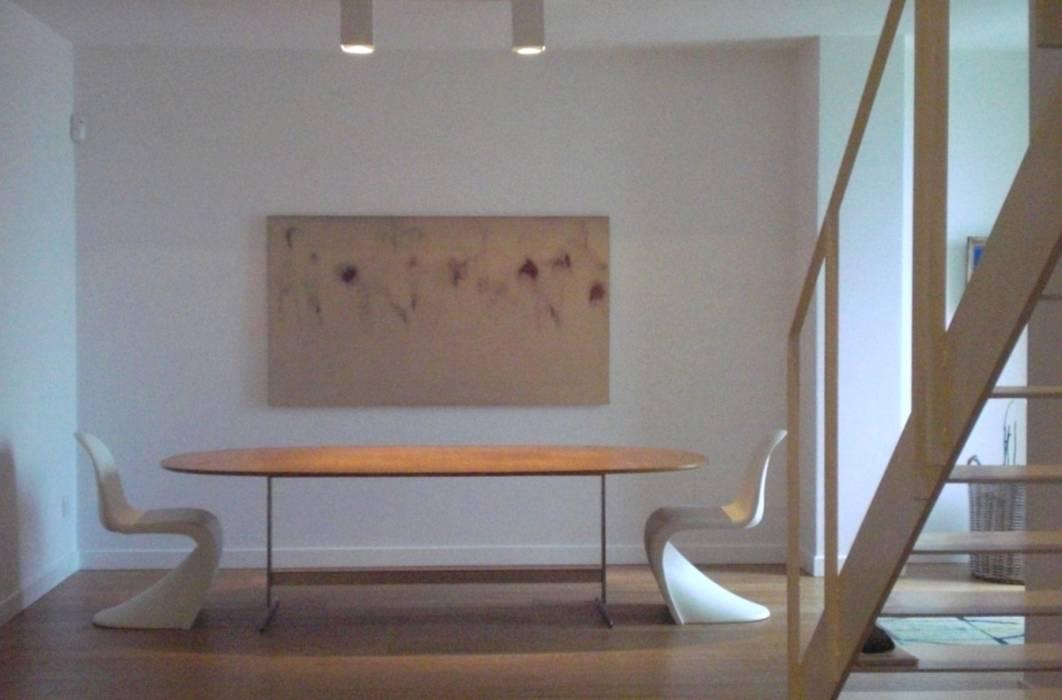 La zona ingresso: Ingresso & Corridoio in stile  di Studio di architettura arch. Alberto Catraro