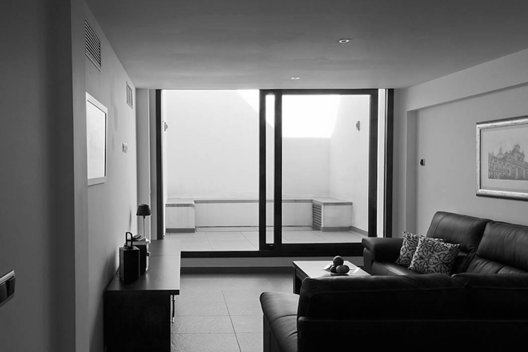 Dogares Modern Living Room