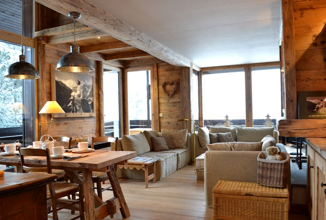 Living room by Andrea Rossini Architetto