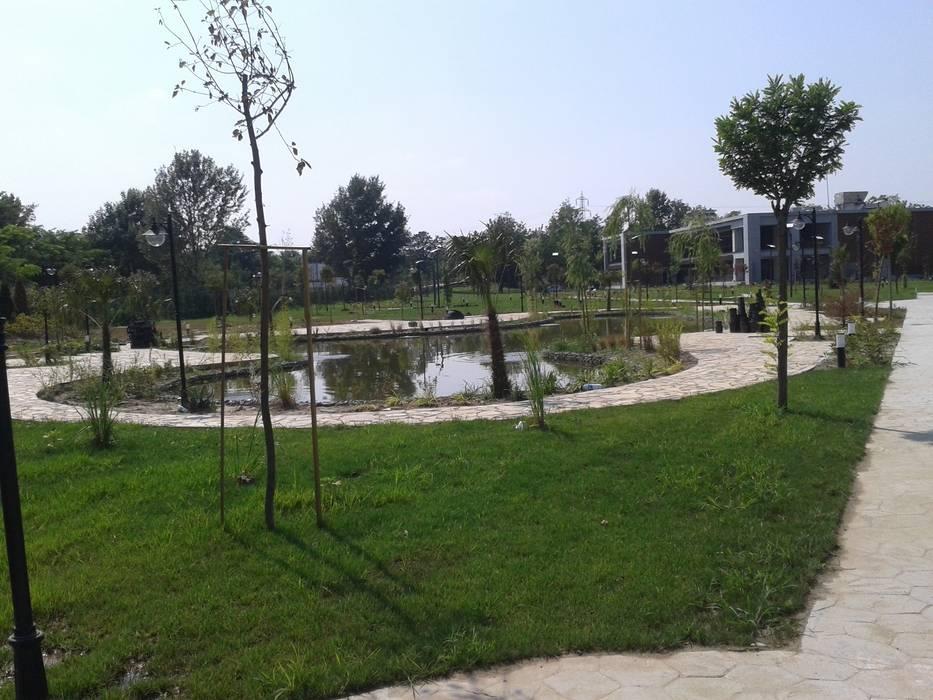 Peyzajda Sanayi ,Sakarya 1.Organize Sanayi Bölgesi Müdürlük Binası peyzaj alanı uygulama örneği. Çisem Peyzaj Tasarım Modern