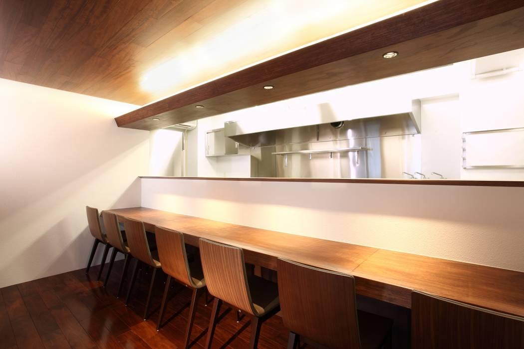 Gastronomie von 4建築設計事務所, Modern