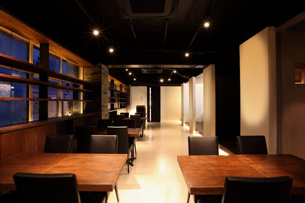 by 4建築設計事務所 Modern