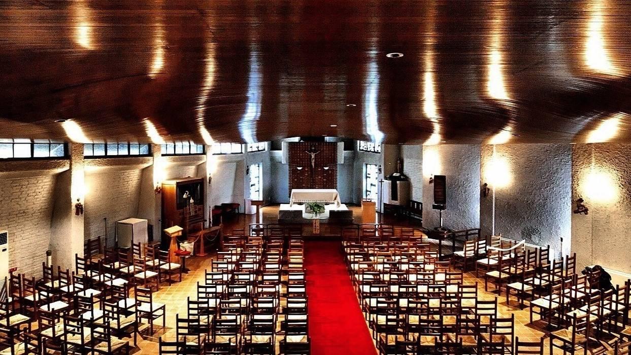 教会: 建築写真家 田岡信樹が手掛けたイベント会場です。