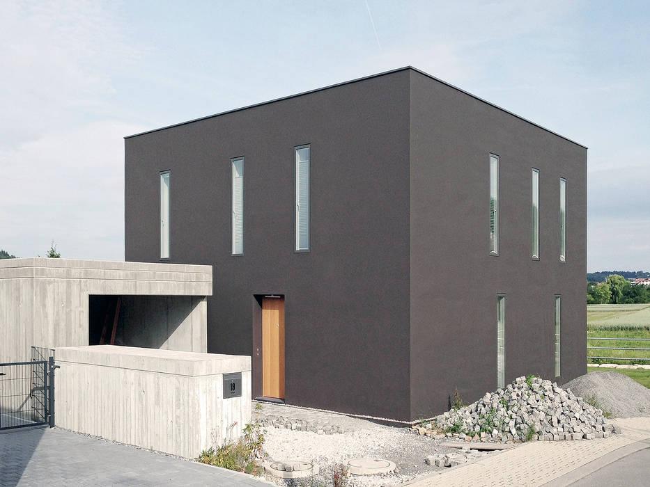 Casas de estilo minimalista de f m b architekten - Norman Binder & Andreas-Thomas Mayer Minimalista