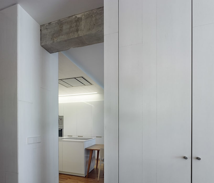 Cocinas de estilo moderno de Castroferro Arquitectos Moderno