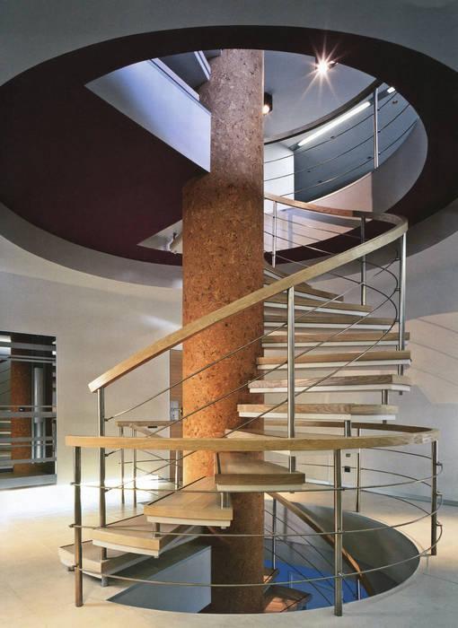 Лестница Коридор, прихожая и лестница в модерн стиле от (DZ)M Интеллектуальный Дизайн Модерн