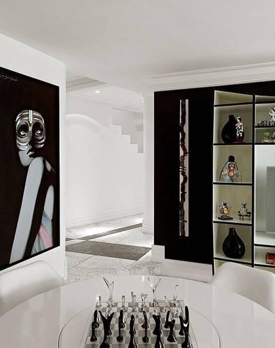 Triplex Moema STUDIO CAMILA VALENTINI Salas de jantar modernas