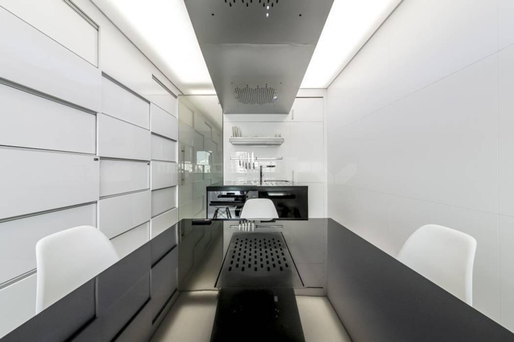 ВЫТЯЖКИ Кухни в эклектичном стиле от Arch Group Эклектичный