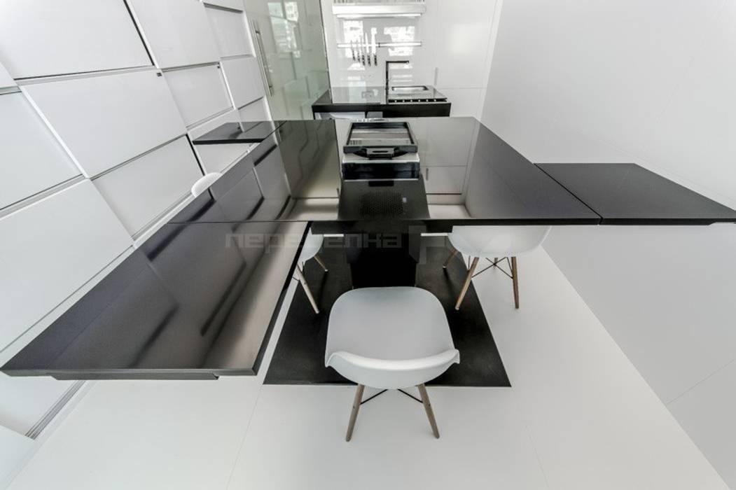 Стол Arch Group Кухни в эклектичном стиле