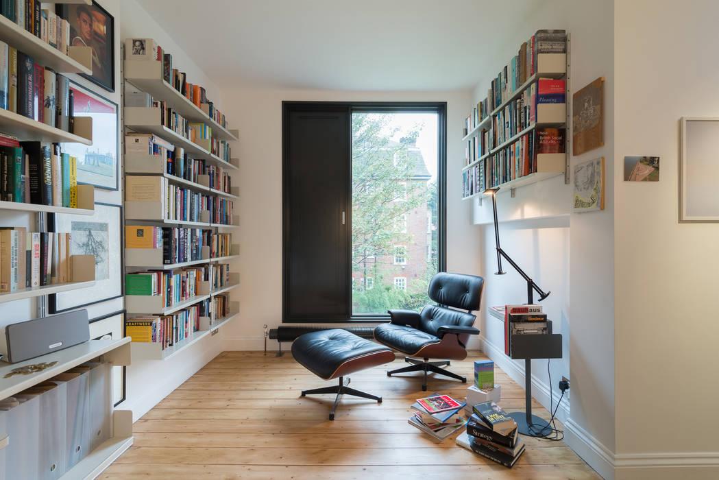 Studeerkamer/kantoor door Will Eckersley,