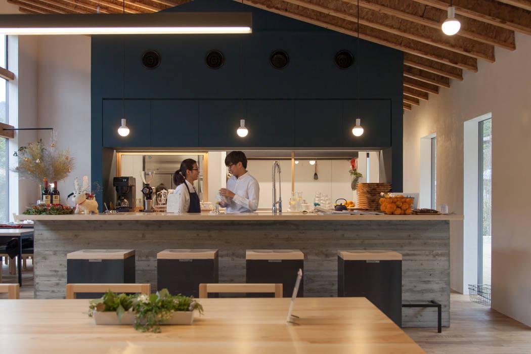 Cafe polestar: CALL SPACE DESIGNが手掛けたレストランです。