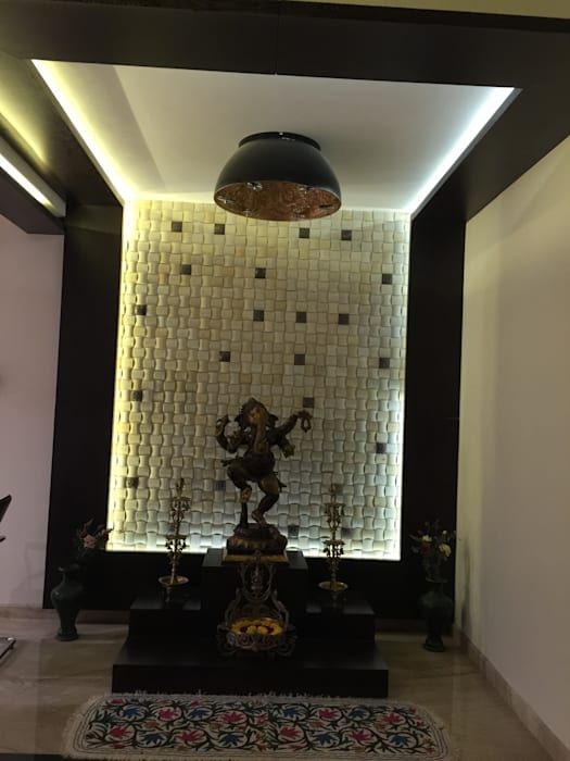 Residence of Mr. Vijayanand Modern walls & floors by Hasta architects Modern