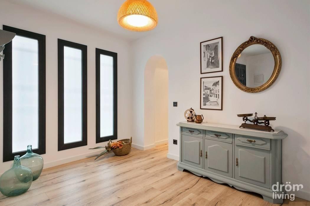 Dröm Living Scandinavian style corridor, hallway& stairs