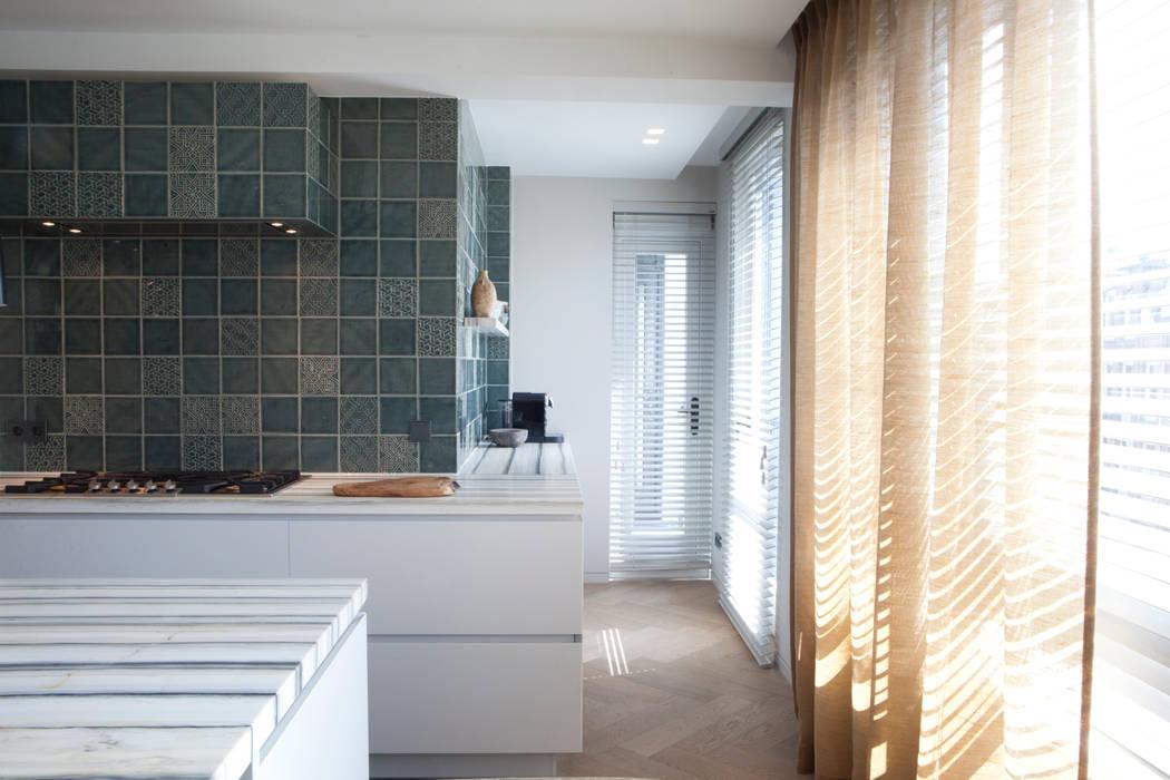 QUEENS Moderne keukens van Binnenvorm Modern