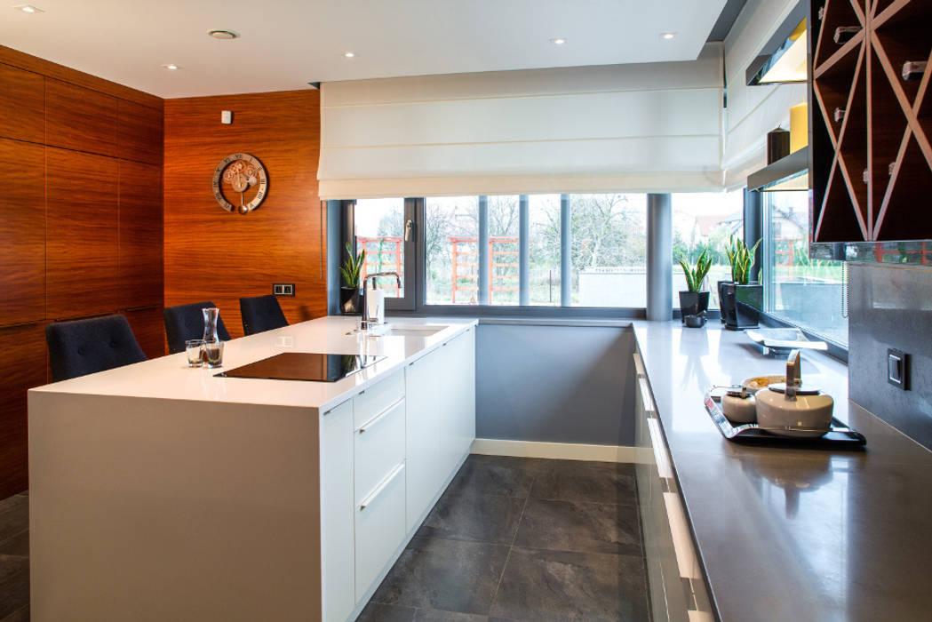 Kuchnia: styl , w kategorii Kuchnia zaprojektowany przez Viva Design - projektowanie wnętrz